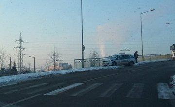 Nehoda policajnej hliadky na ulici Kamenná