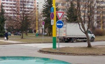 Nové zákazové značky na ulici Matice Slovenskej