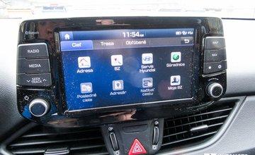 Hyundai i30 1,6 CRDi HP Now! a Hyundai i30 1,4 T-GDi Enter