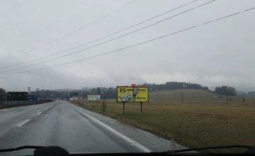 Reklamné nosiče na ceste Žilina - Mojšová Lúčka 18.3.2017