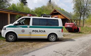 Auto prevrátené na streche - Vodné dielo Žilina 29.4.2017