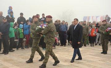 Oslavy 72. výročia ukončenia vojny pri pamätníku na Polome
