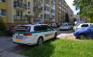 Vlčince, ulica Tulská: muž spáchal samovraždu, jeho matku dobodali