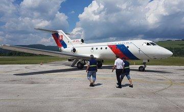 V Žiline pristálo lietadlo Leteckého útvaru MV SR JAK 40