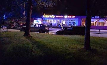 Požiar osobného auta na sídlisku Vlčince - 10.7.2017