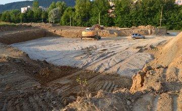 Výstavba nového parkoviska na sídlisku Vlčince