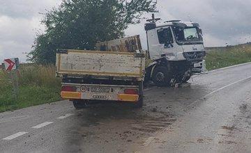 Dopravné nehody na obchádzkových trasách uzavretej cesty pod Strečnom