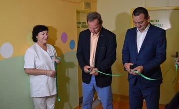 Nový inkubátor a vymaľované priestory na novorodeneckom oddelení FNsP Žilina