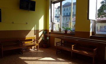 Vynovená čakáreň ŽST Žilina