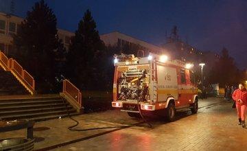 Na sídlisku Hájik došlo k požiaru v priestoroch pod budovou základnej školy