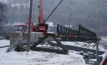 FOTO: Most vo Vraní majú otvoriť už zajtra 4. decembra, zatiaľ stále nie je postavený