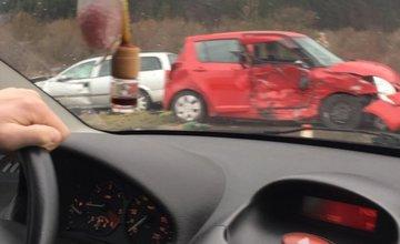 Pri Belej došlo k dopravnej nehode dvoch vozidiel, v mieste sa zdržíte