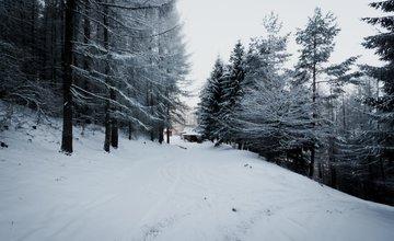 Nádherná zimná scenéria: Zasnežený Straník a Žilina
