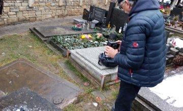 Zvláštna náhrobná doska na Starom cintoríne v Žiline