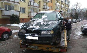 Mesto odťahuje staré autovraky aj v roku 2018