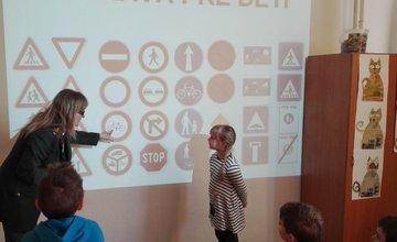 Polícia prednášala deťom na ZŠ Limbová