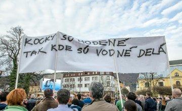 FOTO: Štvrté zhromaždenie Za slušné Slovensko v Žiline