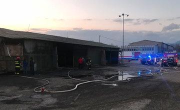 Požiar haly v meste Liptovský Mikuláš - 17.4.2018