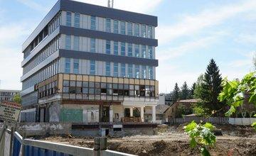 FOTO: Rekonštrukcia budovy bývalej Makyty