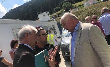 V Tuneli VIšňové prebehol ďalší kontrolný deň, minister dopravy nie je spokojný s termínmi