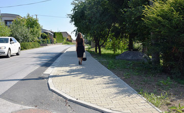 Nové chodníky v mestských častiach Budatín a Solinky