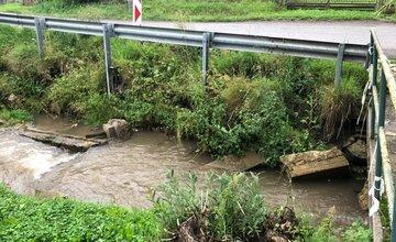 Intenzívne dažde poškodili viaceré cesty v Žilinskom kraji