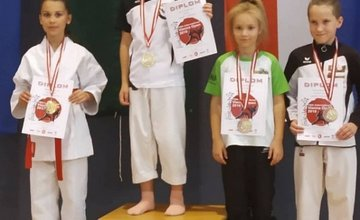 Úspechy reprezentantov Karate Klubu AC UNIZA Žilina vo Viedni a v Poprade