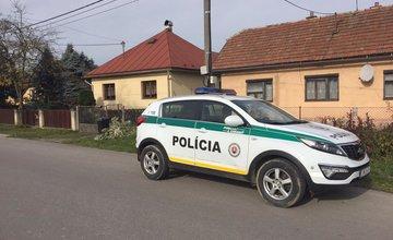 Útok sekerou na ľudí v obci Kotešová - 1.11.2018