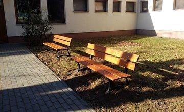 Nové lavičky na Vlčincoch v Žiline
