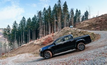 Offroad podujatie vo Valčianskej doline organizované spoločnosťou Motor-Car