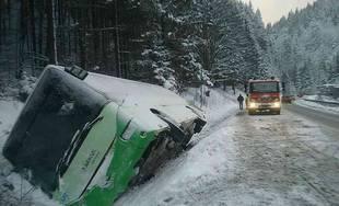 Dopravná nehoda autobusu - Ružomberok, Donovaly 3.1.2019