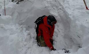 FOTO: Záchranná akcia v Malej Fatre, skialpinistu zasypala lavína