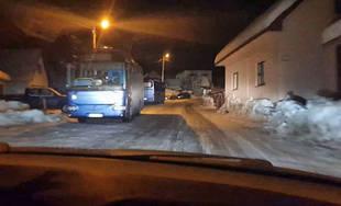 V obci Lysica parkuje niekedy až šesť autobusov SAD