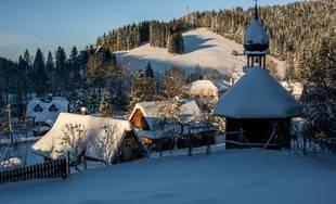 Zažite zimu s lyžovaním a špičkovým wellnes v Beskydách