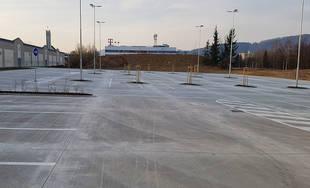 FOTO: Nové parkovisko pri predajni Kaufland a poliklinike ŽILPO bolo otvorené