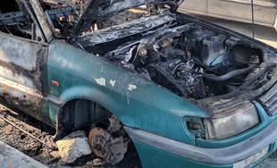 FOTO: Pod Rondlom zhorelo v noci osobné auto, prípadom sa už zaoberá polícia v Žiline