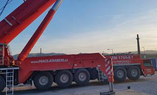 Najväčší mobilný žeriav v Čechách a na Slovensku pracuje v Žiline