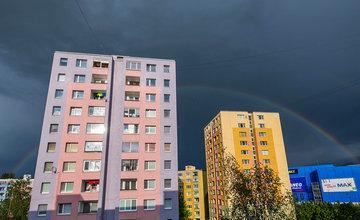 FOTO: Po piatkovej búrke v Žiline sa na oblohe vytvorili dúhy