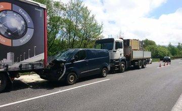 FOTO: Pri Mojšovej Lúčke došlo k dopravnej nehode, premávka je obmedzená
