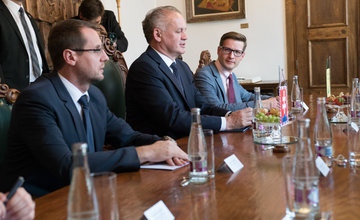 FOTO: Do Žiliny zavítal prezident Andrej Kiska, v divadle sa stretne s osobnosťami Žilinského kraja