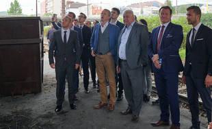Minister dopravy Árpád Érsek sa prišiel pozrieť na miesto požiaru pod Rondlom