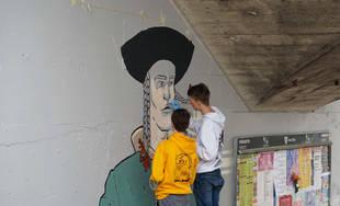 FOTO: Študenti už začali s maľovaním druhej strany Bernoláčky, zároveň opravili prvú