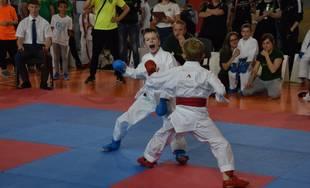 FOTO: Najmladší karatisti AC UNIZA Žilina bodovali v Žiari Nad Hronom