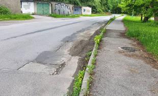 V mestskej časti Rosinky je zvlnená vozovka, ktorú by mali po ôsmich rokoch opraviť