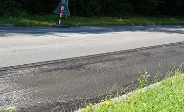 Rekonštrukcia asfaltového krytu vozovky na Rosinskej ceste v Žiline