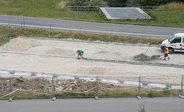 FOTO: Pri skateparku na Vodnom diele Žilina vzniká nové parkovisko