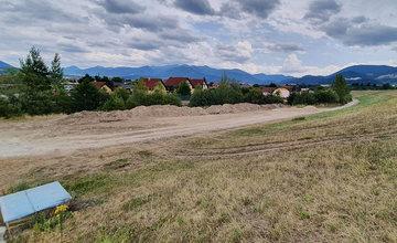Budovanie nového parkoviska na Vodnom diele pri obci Mojš