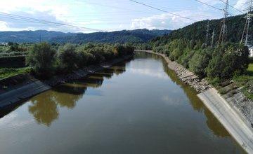 FOTO: Vypustená vodná nádrž Hričov