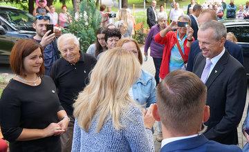 FOTO: Návšteva prezidentky SR Zuzany Čaputovej v Žiline - Denné centrum a Denný stacionár Vlčince