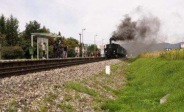 Historický rušeň a vozne v Žiline - 120. výročie Rajeckej Anče